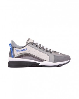 LACE-UP LOW TOP NABUK SNEAKERS ΤΗΣ DSQUARED2 - SΝΜ040409701452